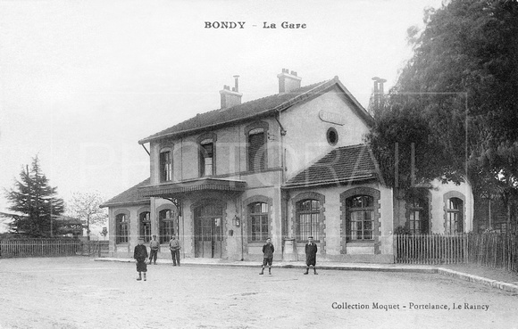 Carte postale ancienne, gare de  Bondy